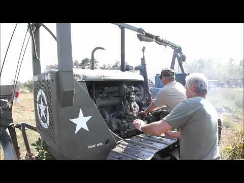 Starting A WWII Caterpillar D-7 [1080p HD]