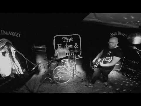 King Bee - The Hope & Ruin 07/06