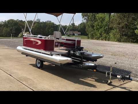 Paddle King Lo Pro Angler with Min Kotta Foot Controled Trolling Motor and 6 HP Tohatsu