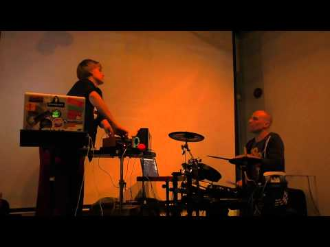 CLUBbleu live at Artistry Singapore 2015