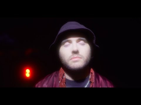 Смотреть клип Fixpen Sill - Bye Bye Feat. Lomepal