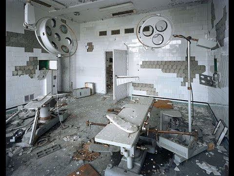 urbex:-exploring-an-abandoned/vacant-operating-ward-in-an-active-hospital