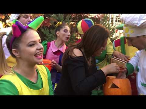 Duminica Zurli - Ne distram de Halloween