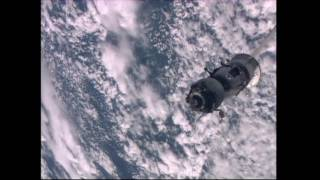Expedition 47 Crew Leaves the Space Station