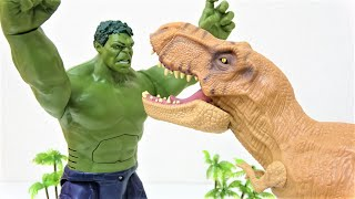 Hulk vs T-Rex! Tayo the Little Bus Accident Funny Story