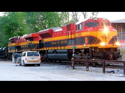 Kansas City Southern: National Train Day Activity in Blue Springs