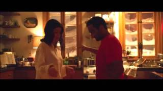 """Master of None"" 2X09: ""Guarda come dondolo"" twist scene with Alessandra Mastronardi and Aziz Ansari"