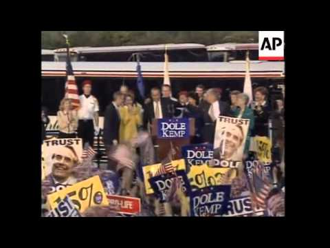 USA: BOB DOLE FINAL STAGES OF PRESIDENTIAL ELECTION CAMPAIGN