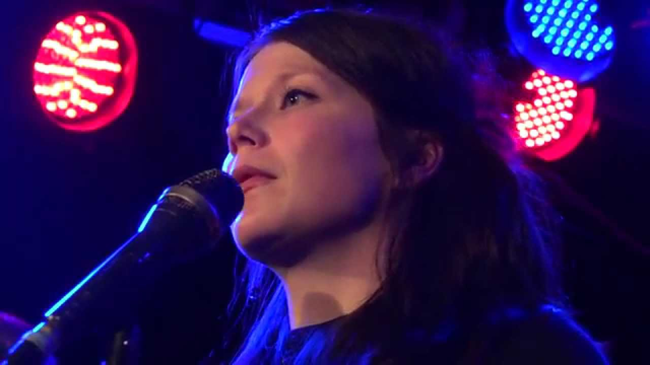 Lasten Hautausmaa - Tuulipuut (Live @ Vastavirta-klubi 2.10.2015) - YouTube