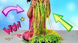 Juega con imaginación con coloridos espaguetis de Mi Mi Kids