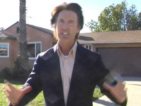 Van Nuys California Home Tour - Real Estate Happens eps.#105