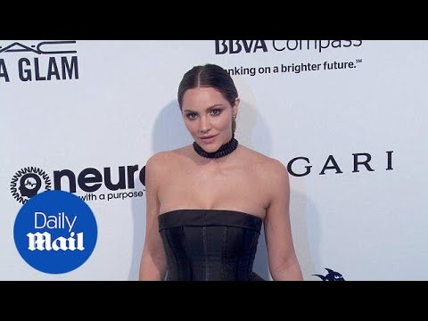 Katharine McPhee is a vision in black at Elton John's Oscar bash - Daily Mail