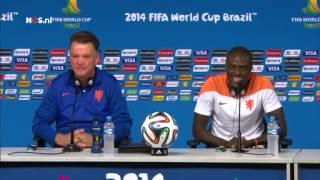 Soepele persconferentie Oranje   WK Voetbal 2014