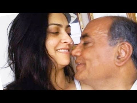 Digvijay Singh & Amrita Rai intimate Clips And Pic Leak ! & viral on the internet