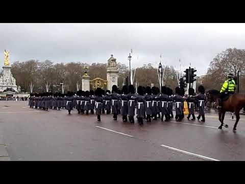 Changing The Guard (Accession Day) - Band Of The Coldstream Guards