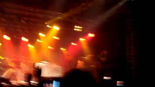 All Time Low-  Dear Maria Count Me In ( Live from West Coast Riot 2011)