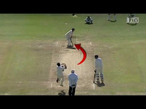 Waqar Younis Yorkers