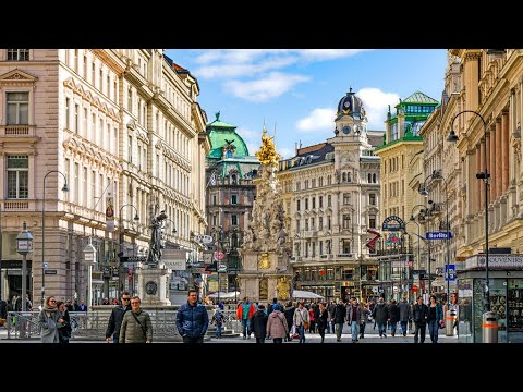 Walking in VIENNA