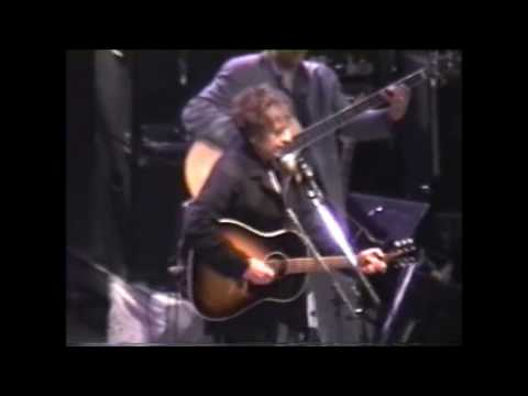 Bob Dylan- Blowin in the Wind (Live)