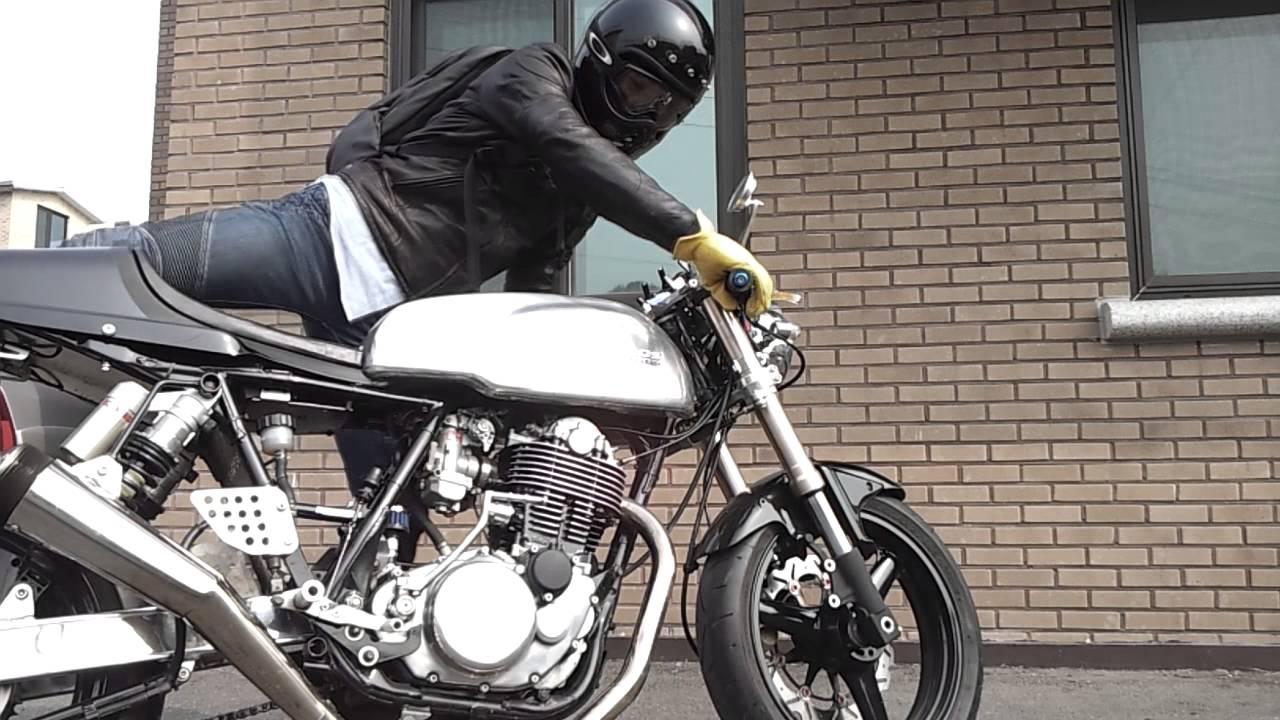 sr400 cafe racer kick start! - youtube