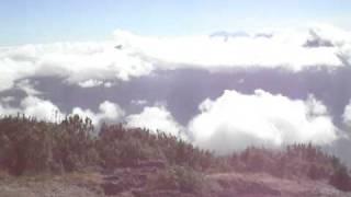 Vue depuis le sommet du volcan Santa Maria au Guatemala