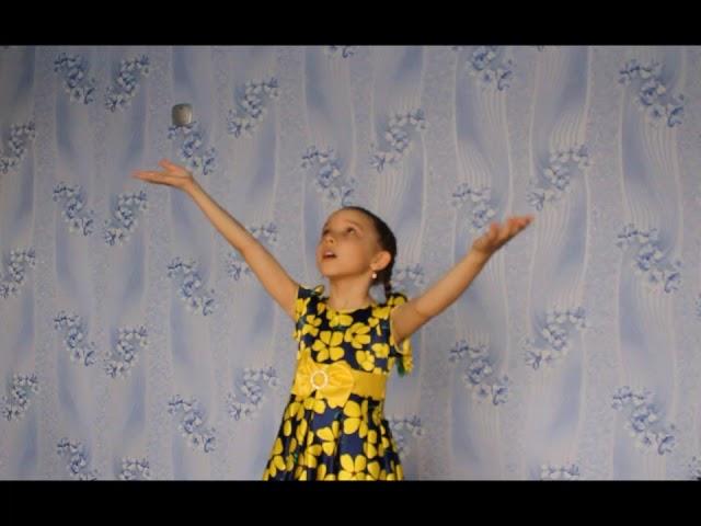 Изображение предпросмотра прочтения – АнастасияВахер читает произведение «У Лукоморья дуб зеленый...» А.С.Пушкина