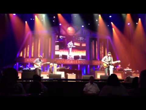 Eric Paslay 'She Don't Love You'