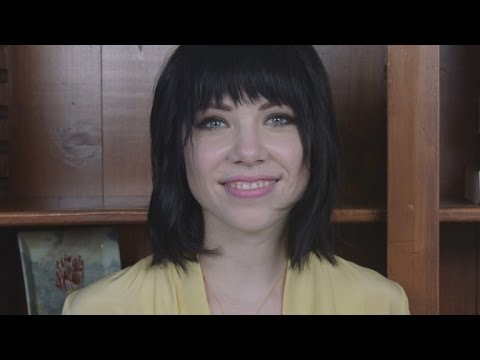 Carly Rae Jepsen Responds To Taylor Swift Comparisons & 'Stretching The Lines Of Pop Music'