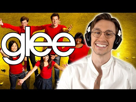 Watching ONLY the FIRST and LAST Episodes of *GLEE*