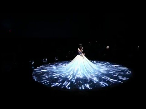 Wedding dress 3d mapping projection