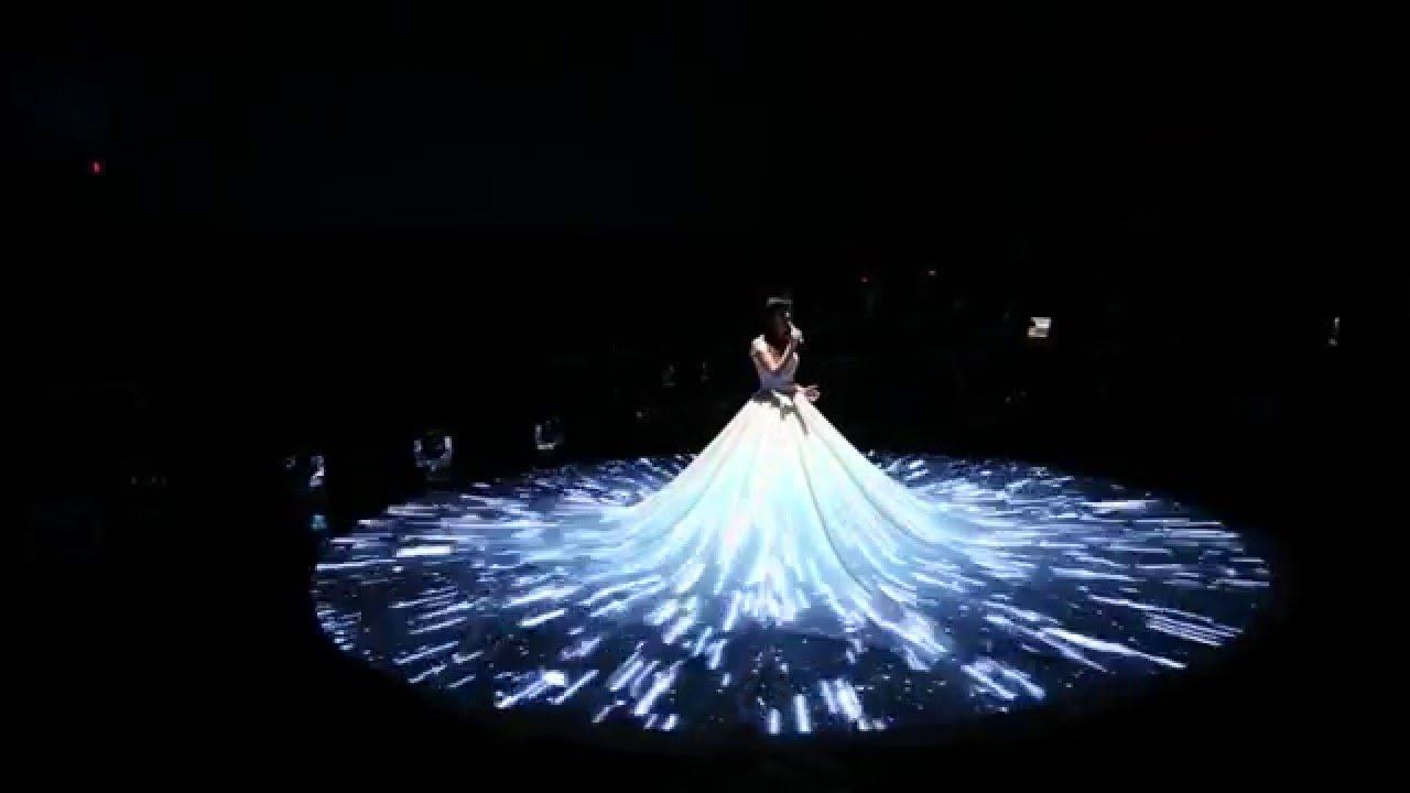 Wedding Dress 3d Mapping Projection Youtube