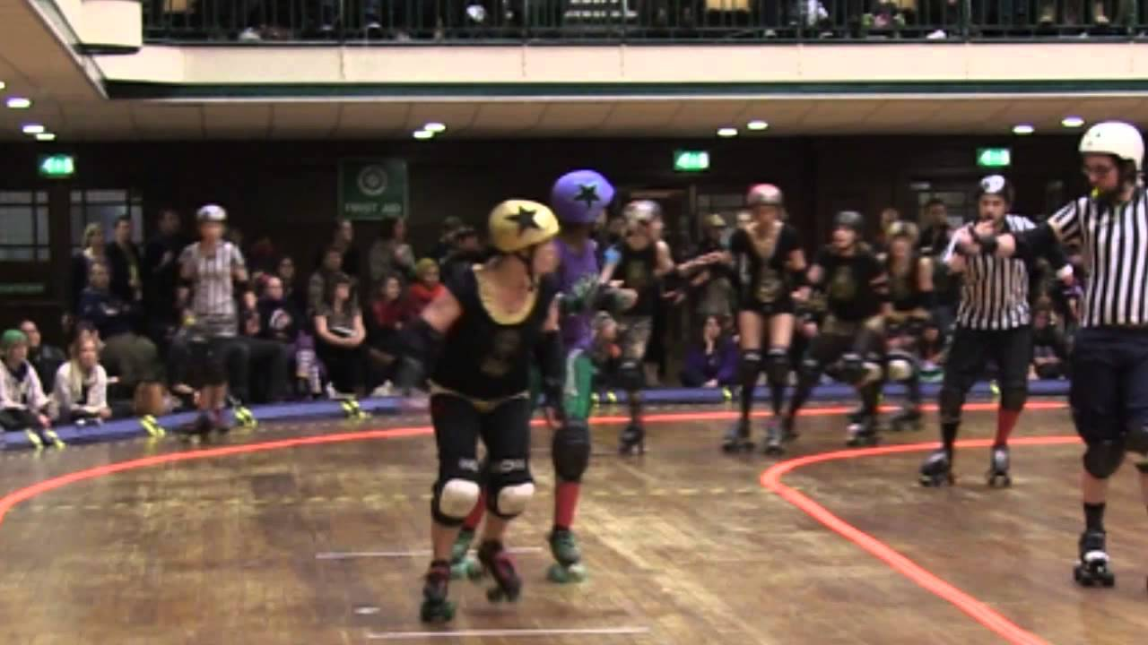 Roller skates york - Rugby On Roller Skates Watch The London Rockin Rollers In Action