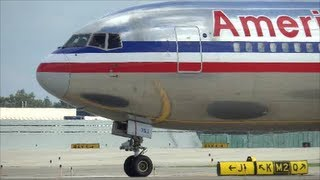American Airlines 767-300 Take Off