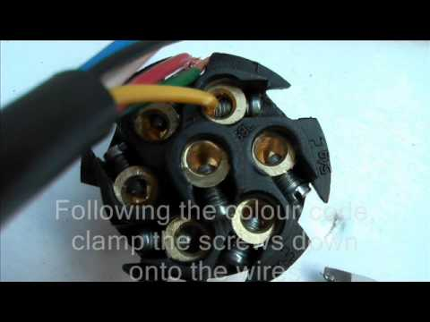 hqdefault how to wire a 7 pin trailer plug youtube 7 pin trailer wiring at n-0.co