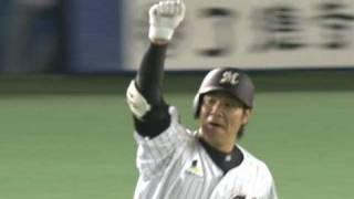 代打で出場したロッテ神戸が、西武先発・涌井から今季1号の3ランホーム...