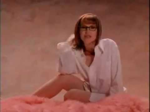 "Lisa Loeb ""I Do"" Music Video"