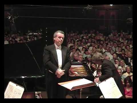 Yuri Simonov in concert (1999) Schumann: Konzert fúr Klavier (Dezső Ránki piano)