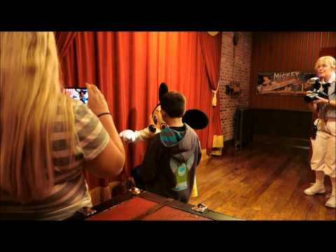 hqdefault - Where to meet Mickey Mouse at Disney World (no more Talking Mickey)