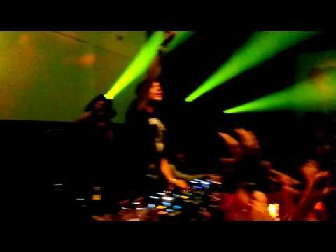 Martin Garrix - Animals (DJ Antoine St Tropez Remix)