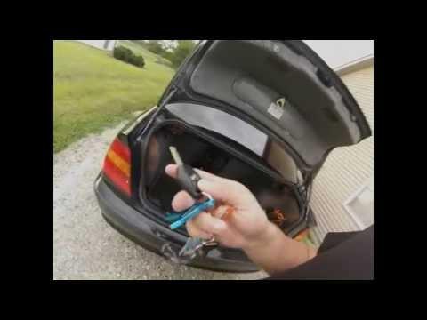 2003 BMW 3 series e46 locked keys in trunk
