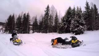 Катание на снегоходах 23.02.2015. Смотреть со звуком. Особенно в конце!(, 2015-03-09T21:51:10.000Z)