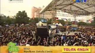 ST12 - Biarkan Aku Jatuh Cinta [ Semarang]