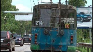 Обрыв контактной сети стал причиной простоя троллейбусов в Хабаровске.MestoproTV