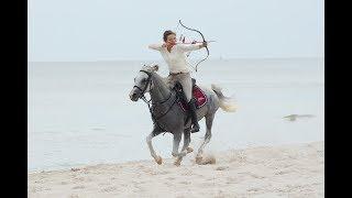 Anna Sokolska horseback archer - AMM Archery Team