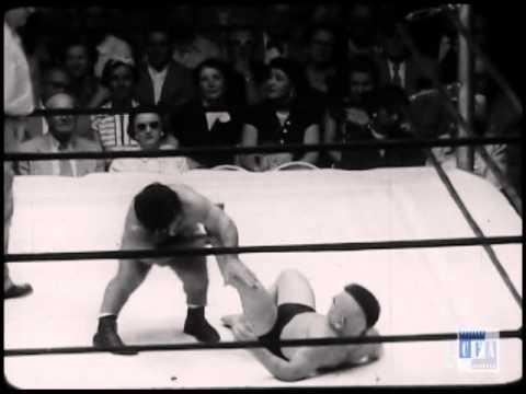 Little Beaver (wrestler) Tom Thumb vs Little Beaver YouTube