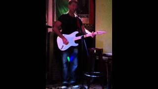 Finbarr Noonan Still In Love With You live @ Dicey Reilly