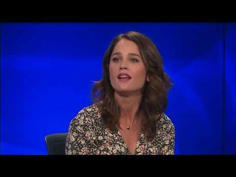 "Robin Tunney Talks New Movie ""Looking Glass"""
