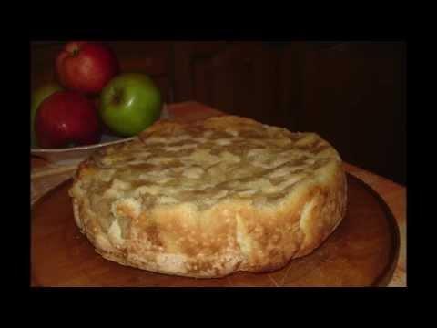 Шарлотка с яблоками - кулинарный рецепт