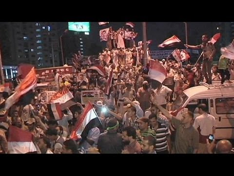 Pro-Mursi protest continues as US calls for deposed president's release