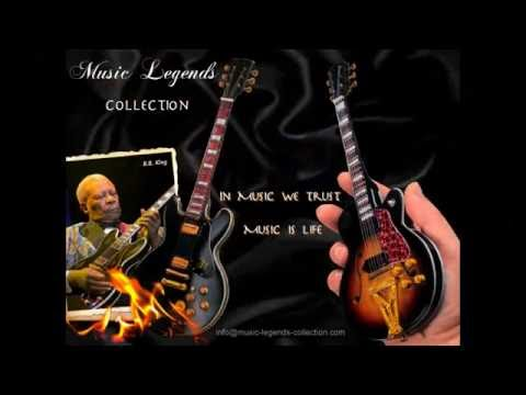 Mini guitars by Music Legends Collection